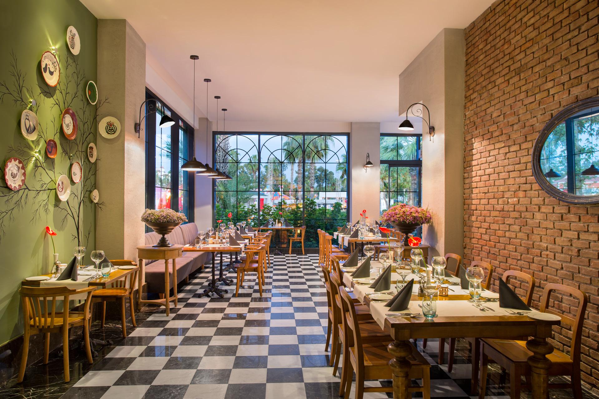 IC Santai | Olivio Restaurant