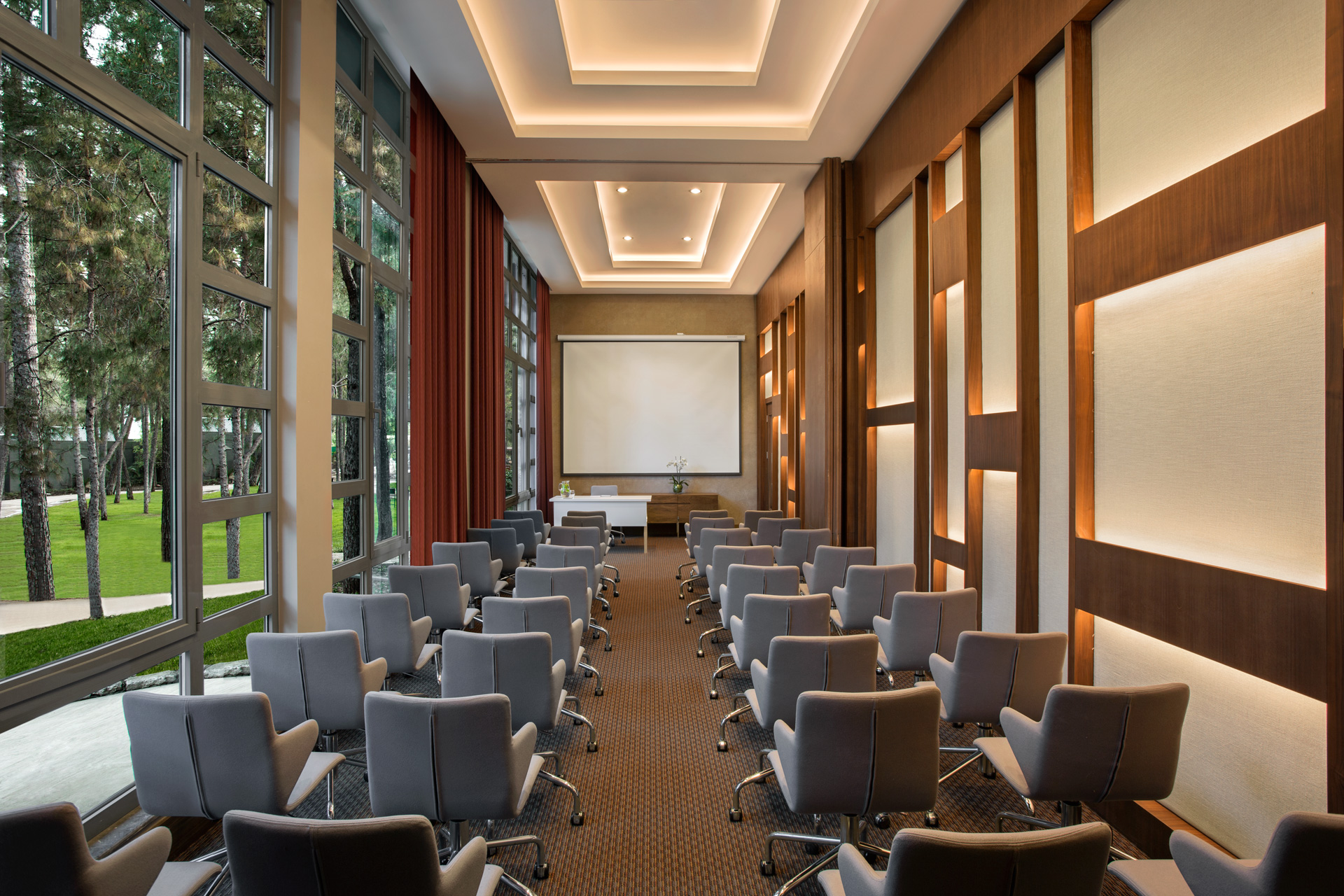 Renaissance Antalya Beach Resort | Meeting Room