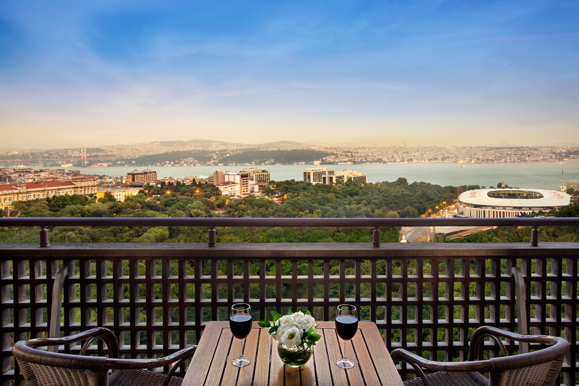 Mono-Visual-Hilton-Istanbul-03